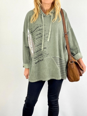 Hooded green write top