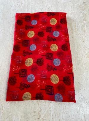 Red scarfe Thumb