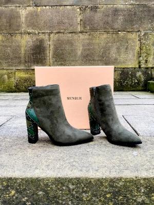 Green Boots Thumb