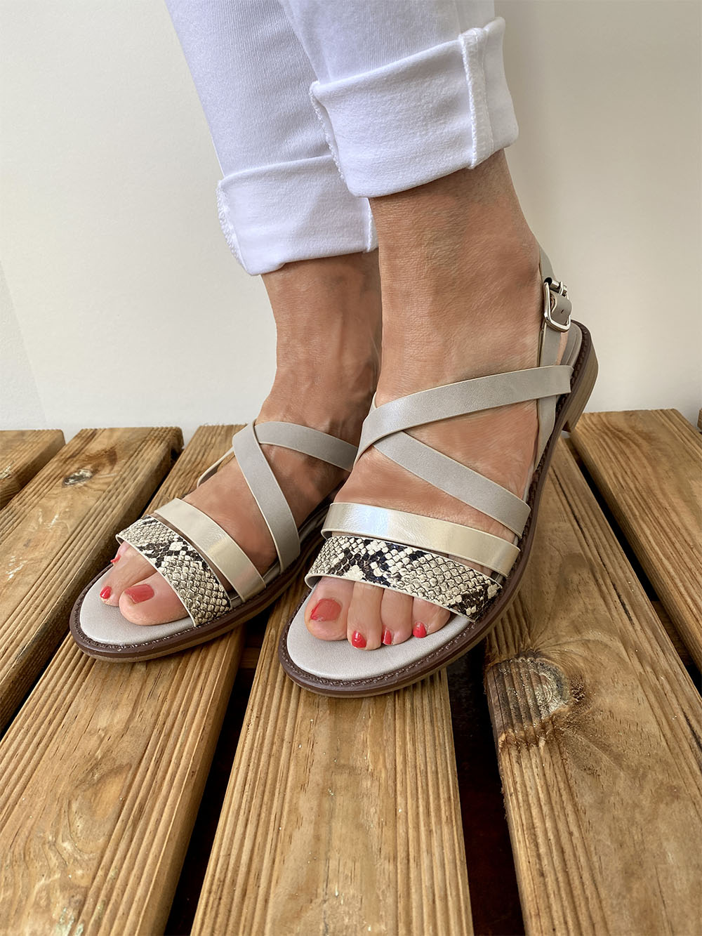 Shoe image  Main