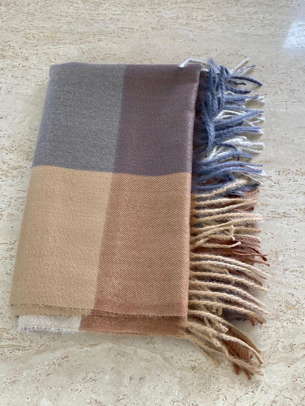 Striped Scarfe Main