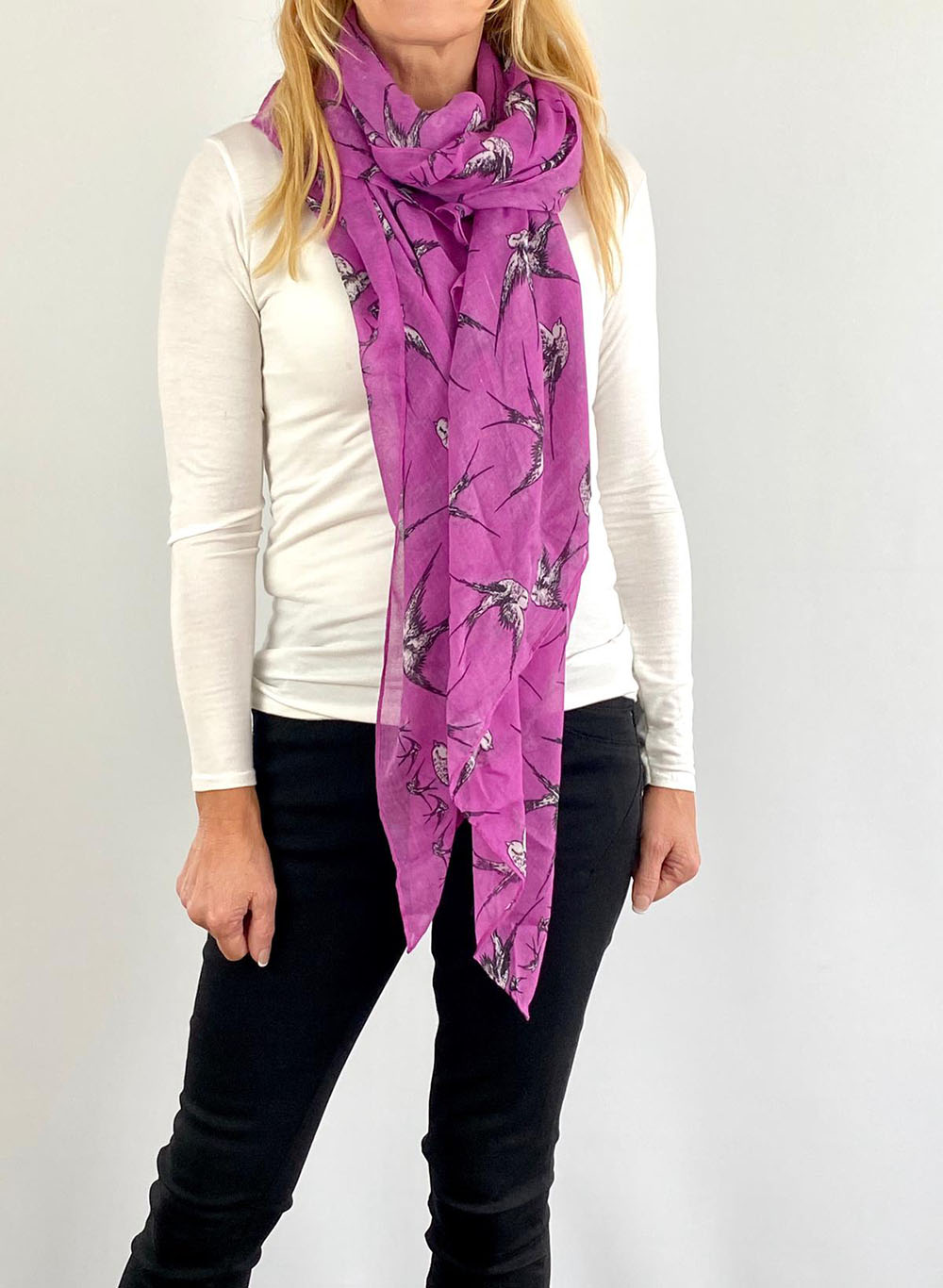 Purple scarfe Main