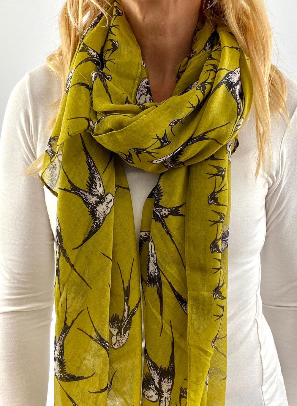 Yellow scarfe Main